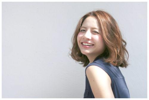 笑顔が溢れるヘアスタイルに!