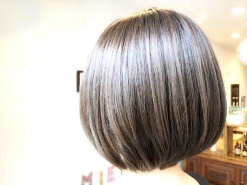 ツヤツヤの髪質改善カラー後の写真