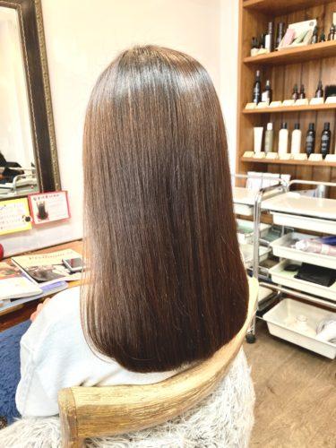 ツヤツヤ髪の髪質改善後の写真